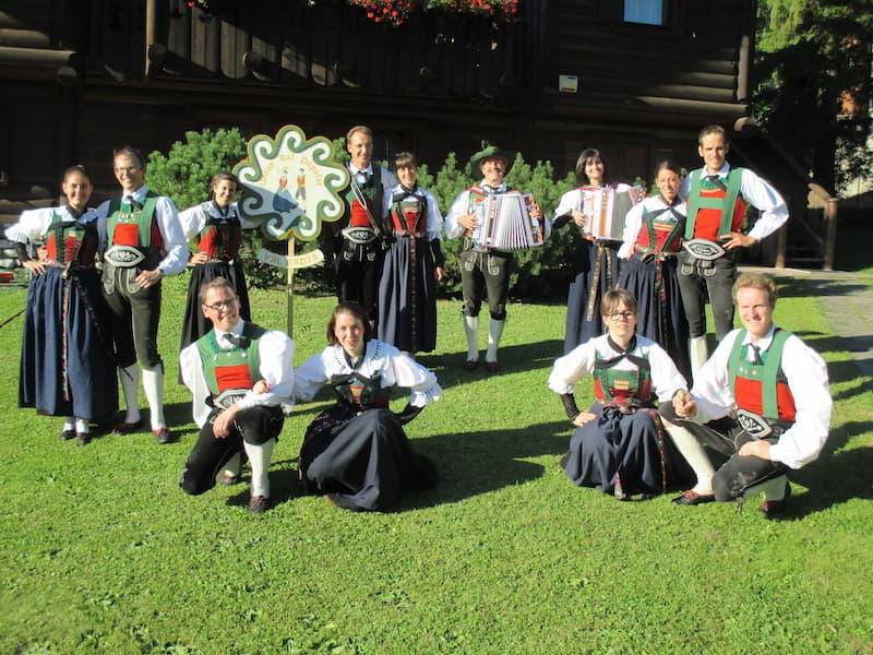 gruppo di ballo folcloristico val badia